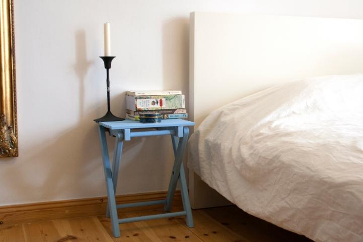 bedsidetable2